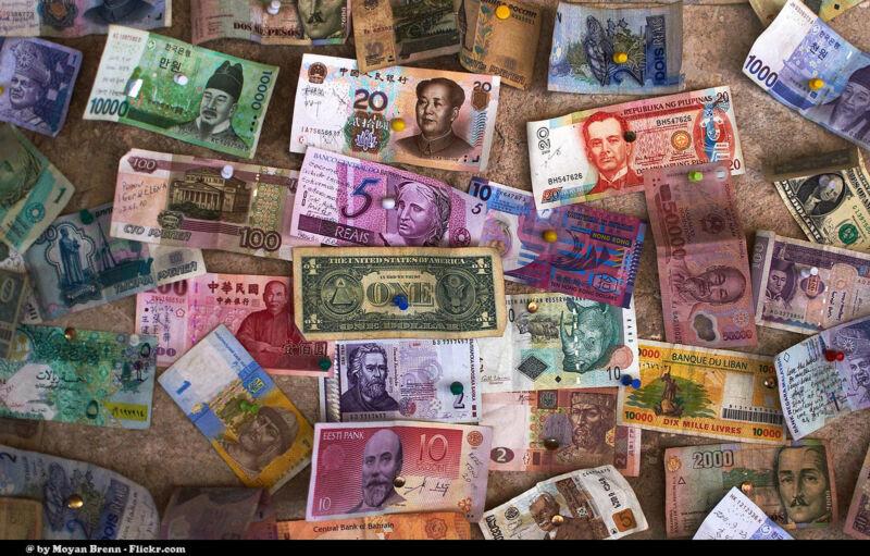 Gebrauchtes verkaufen und das Geld im Urlaub für großartige Erlebnisse ausgeben (Moyan Brenn (CC BY 2.0))