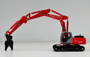 New Holland E245 Abbruchbagger  Maßstab 1:87 H0