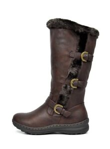 Bottes hiver neuves gr. 10(11)/ New winter boots size 10(11)
