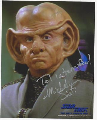 Michelan Sisti - Star Trek TNG signed photo