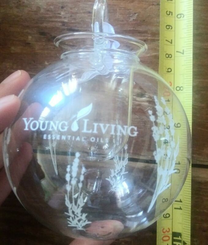 Young Living Christmas Tree diffuser ornament new unused bulb 4 essential oils