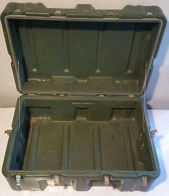 Hardigg 28 x 18 x 13 Hinged Lid Military Shipping Storage Case Pelican Gun Tool