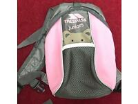 Girls trespass backpack with reins