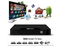 W95 ANDROID TV BOX WITH VAROUS ADDITIONAL EXTRAS INCLUDED