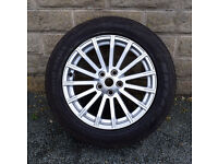 19 inch Genuine Range Rover Alloy wheel and tyre AH32 1007 AAW AH321007AAW