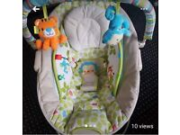 Vibrating lulaby bouncy chair
