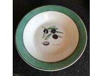 Wedgwood Sarah's Garden 2 x pasta bowls
