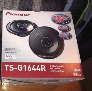 Speaker 6 1/2 neuf