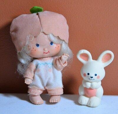 Vintage 1979 Strawberry Shortcake Doll - Apricot & Hopsalot