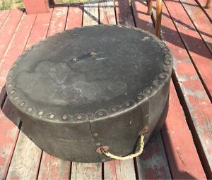 Older 16 by 6.5 drum case.