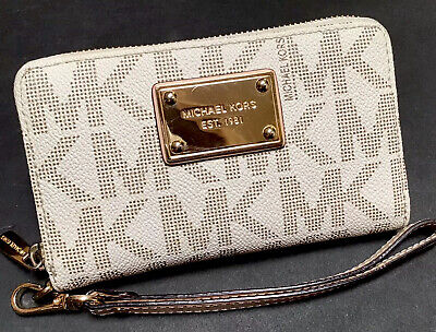 Michael Kors MK Signature Vanilla Jet Set Phone Zip Case Wristlet Clutch Wallet