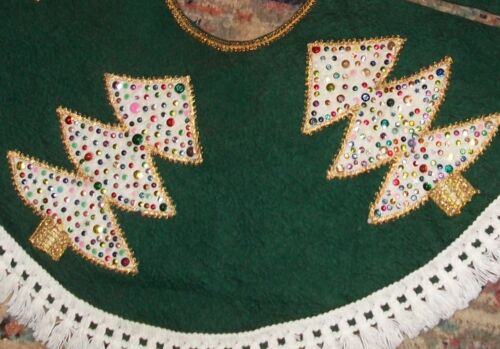 "Gorgeous Vintage Green Felt Handmade Christmas Tree Skirt Applique & Sequins 29"""