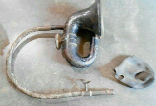 Vintage Louis Rubes Brass Car/Buggy  Black Squeeze Bulb Horn (Z=shelf)