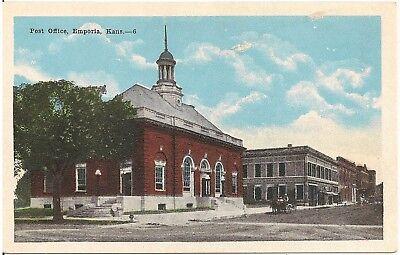 Post Office in Emporia KS Postcard