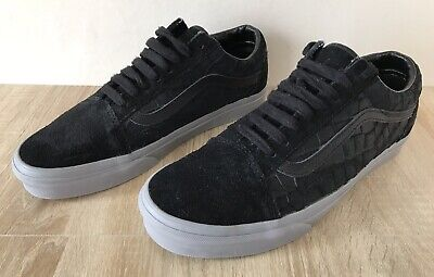 VANS Old Skool Emboss Suede Black Frost Grey Trainers Size UK 9