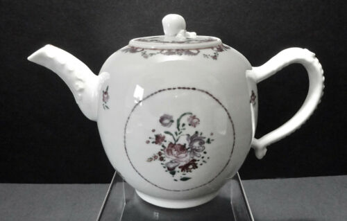 Chinese Export Tea Pot Famille Rose