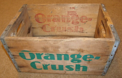VINTAGE ORANGE CRUSH SODA WOOD CRATE