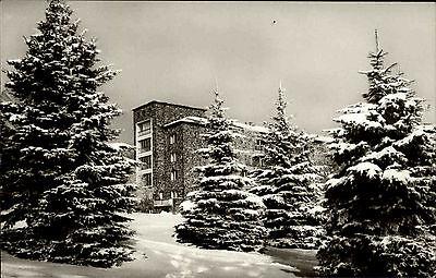 Galyatető Ungarn üdülőszálló Hotel im Winter Schnee AK gel. Briefmarke mit Bus