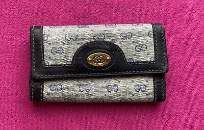 Authentic Vintage Gucci Navy Blue Gray GG Signature Leather Key Holder