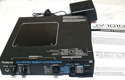 ROLAND JV-1010 24 Voice Synthesizer Sound Module Williamstown Hobsons Bay Area Preview
