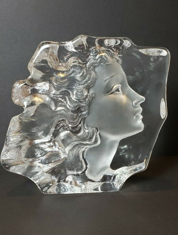 Large Girl Etched Crystal Art Glass Sculpture Mats Jonasson Woman Face Signed