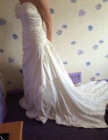 Size 12 New Wedding Dress