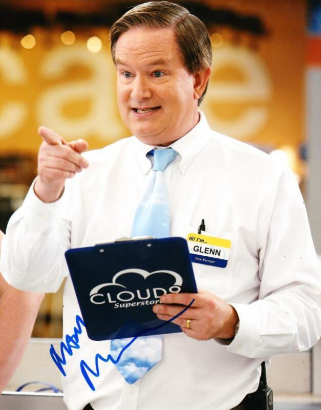 MARK MCKINNEY SIGNED 8X10 PHOTO AUTHENTIC AUTOGRAPH NBC SUPERSTORE COA D