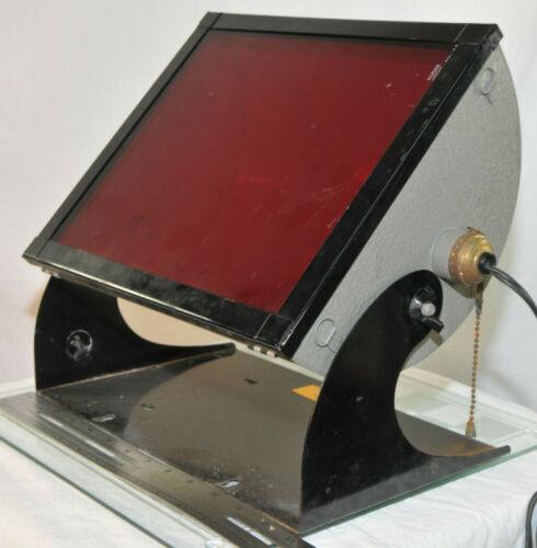 Kodak Safelight Darkroom Lamp, Kodak Bracket; Kodak Safelight Filter 1A Red 8x12