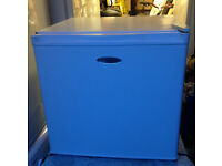 small top counter fridge with Ice box
