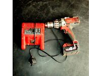 Milwaukee Drill 18V 4Ah - almost new battery and charger included
