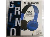 SKULLCANDY GRIND BLUE HEADPHONES BRAND NEW SEALED WITH RECEIPT