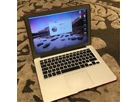 Apple MacBook Air 13inch i5 1.8GHz, 128GB SSD, 4.0GB Ram, 1.5GB Graphics with extras