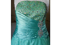 Beautiful NEW Mint Green size 18 Strapless Sequins & Beads Wedding Dress, Prom Dress or Ball Gown