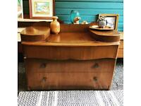 Vintage Chest of Drawer