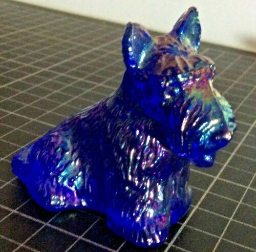 Collectible Boyd Carnival Glass Scotty Scottie Dog Figurine