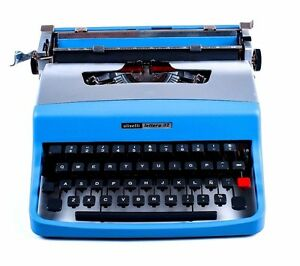 SALE-AVATAR-BLUE-OLIVETTI-LETTERA-32-Vintage-Portable-Working-Typewriter