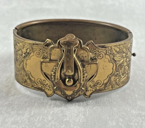 Great Old Victorian Gold Filled Decorated Hinged Bangle Bracelet