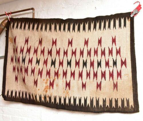 ANTIQUE Navajo Rug native american indian weaving Vintage 44x28 Raised Outline