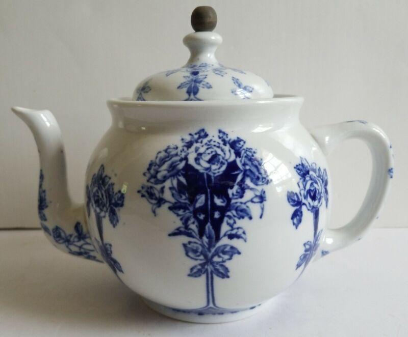 Antique 1914 Buffalo China Blue White Argyle Teapot Tea Ball strainer Complete