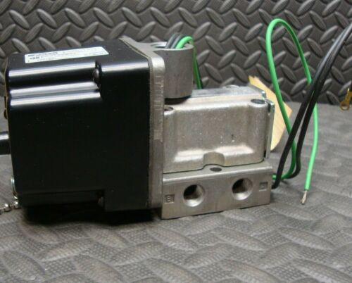 NEW Parker CCJ125B01 Pneumatic Solenoid Valve VAC-150 Air psi