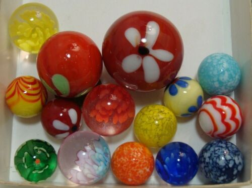 15 Collector Marbles Handmade Flowers Balloon Guinea Yellow Red Multicolor