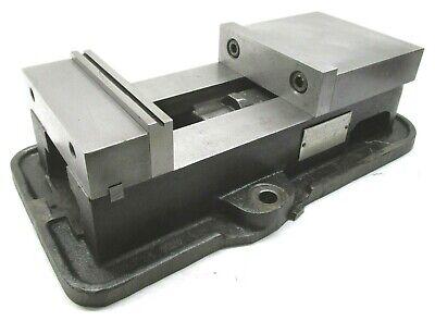 Kurt Anglock 6 Milling Machine Vise W Jaws - D60