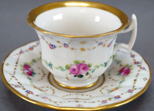 19th Century Old Paris Porcelain Hand Painted Floral Garlands Demitasse Cup