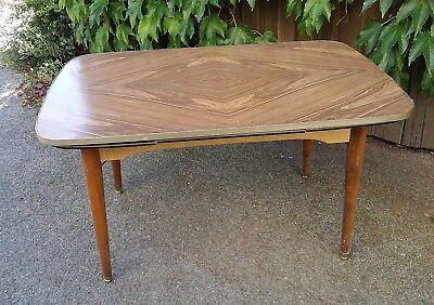 Tisch Beistelltisch Couchtisch Nierentisch braun shabby chic vintage midcentury