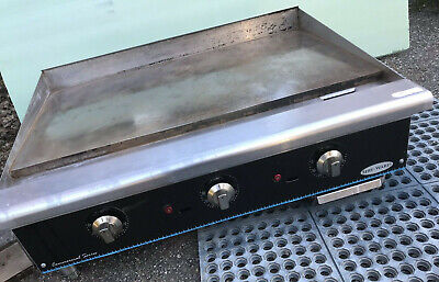 Serv-ware 36 Gas Griddle Thermostat-controlled Works Great Barely Clean Machine