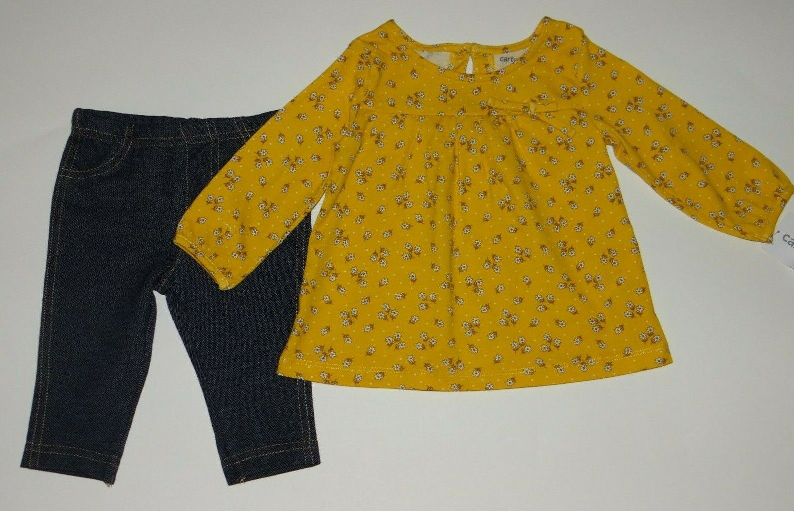 Baby girl clothes, 18 months, Carter's top/jeggings/SEE DETA