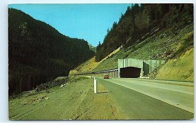 Us Highway 10 Near Snoqualmie Pass Snowshed Tunnel Car Washington Postcard B60