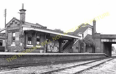 Quorn & Woodhouse Railway Station Photo. Rothley - Loughborough. (2)