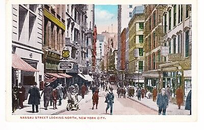 NEW YORK CITY NARROW NASSAU ST. LOOKING NORTH, MID DAY MALL CLOSED TO AUTOS, (Brooklyn Mall New York)