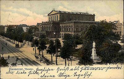Hannover Niedersachsen 1903 Strassen Partie mit Denkmal am Theater Gebäude